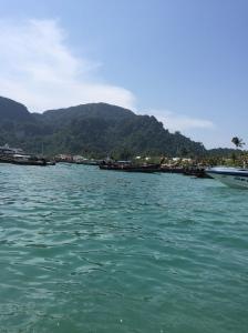 beautiful island phi phi